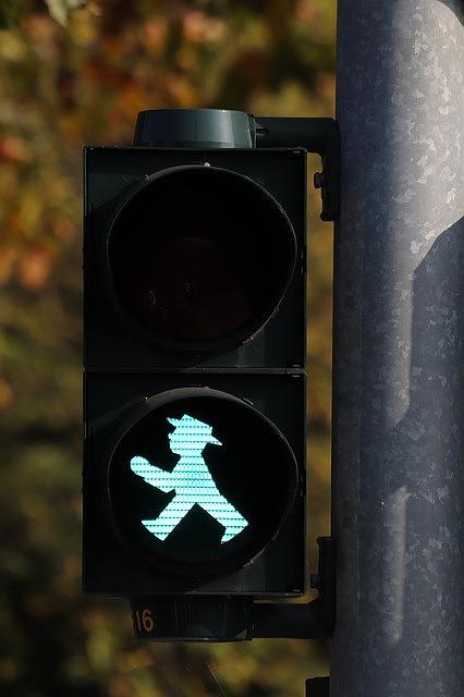 青信号の時の危険回避