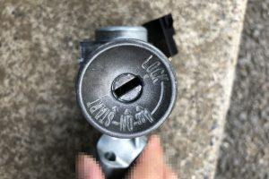 車のカギが回らない エンジン掛からない IGキーシリンダーを交換