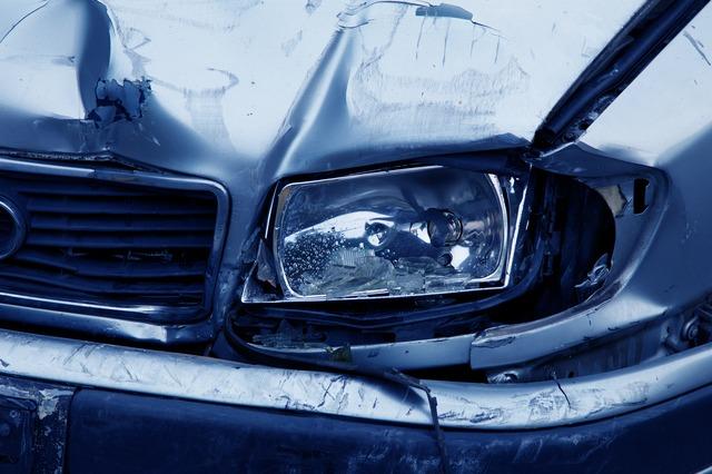 車検切れで事故を起こしたら保険は?